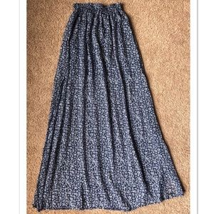 Abercrombie & Fitch Maxi Skirt Medium Navy Floral